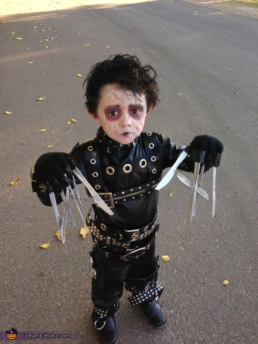 little_edward_scissorhands2