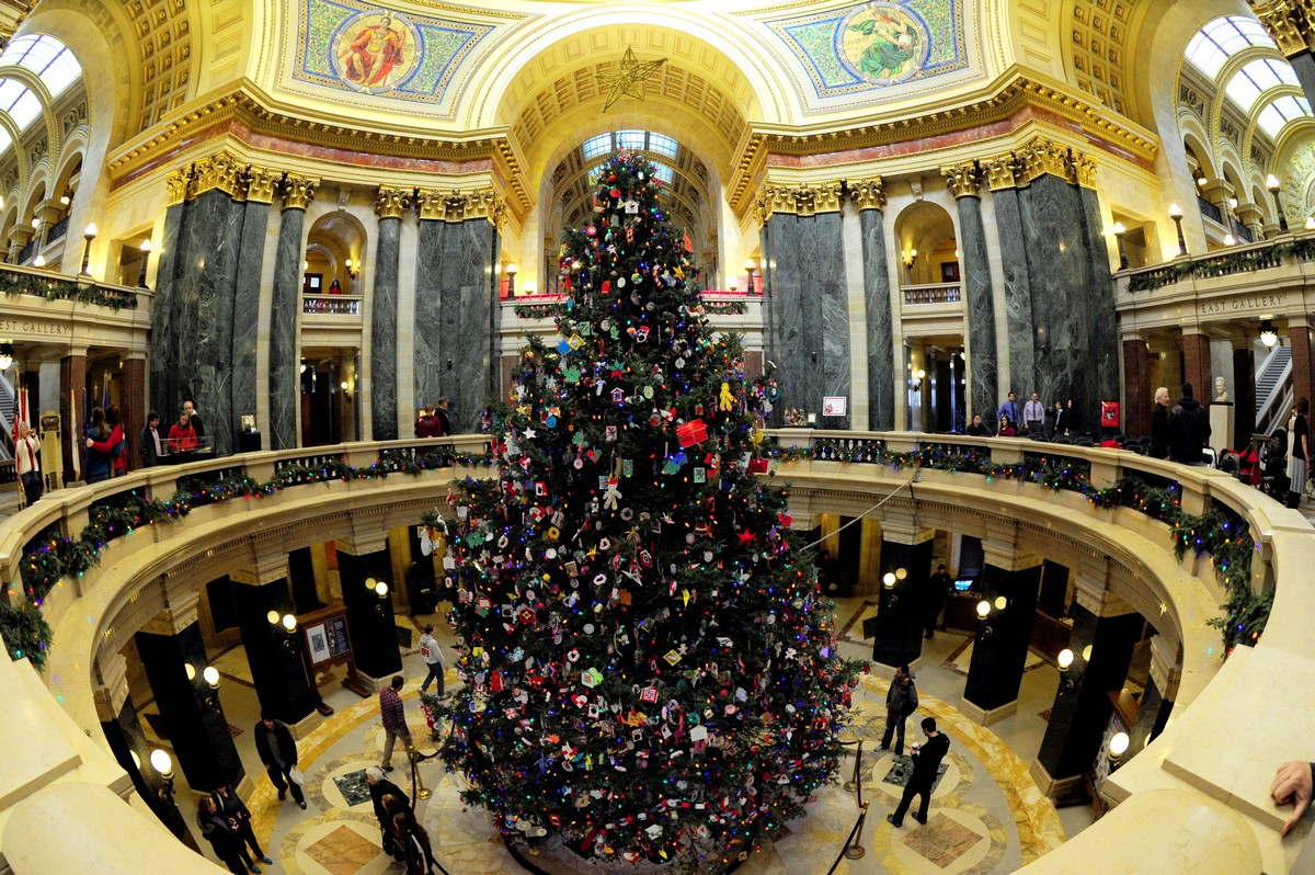 Visitors look at the the Capitol Christm
