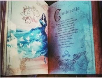 disney_cinderella_book